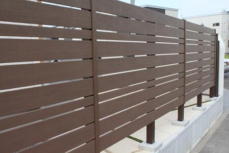 樹脂製フェンス