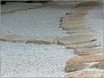 敷き砂利について