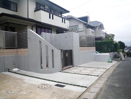 流し込みコンクリートを使用