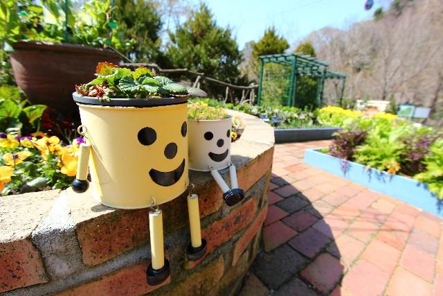 簡単DIY!レンガ花壇を作る!